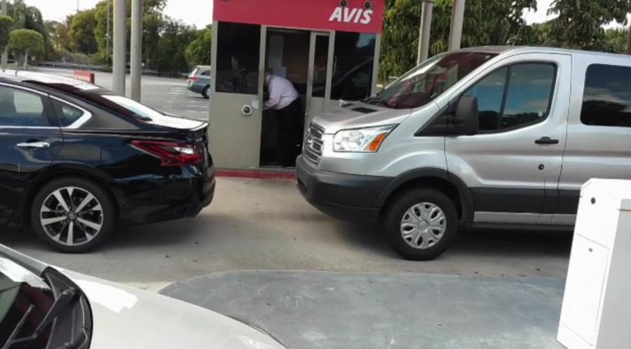 Avis, West Palm Beach International Airport