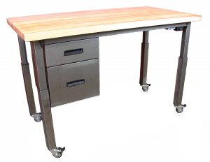 Sit to stand desk - by Formaspace