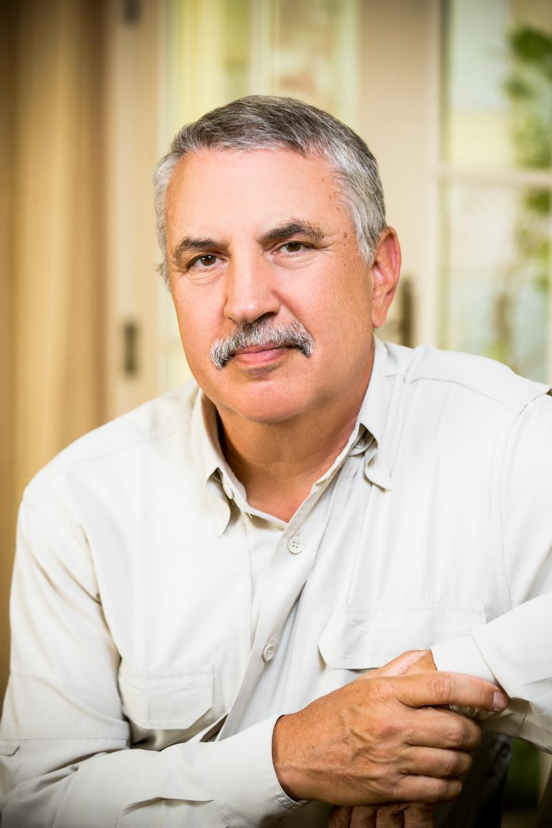 Friedman will discuss accelerated culture and how to live in the 21st century.