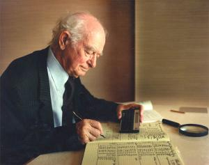 2-time Nobel Prize winner Linus Pauling